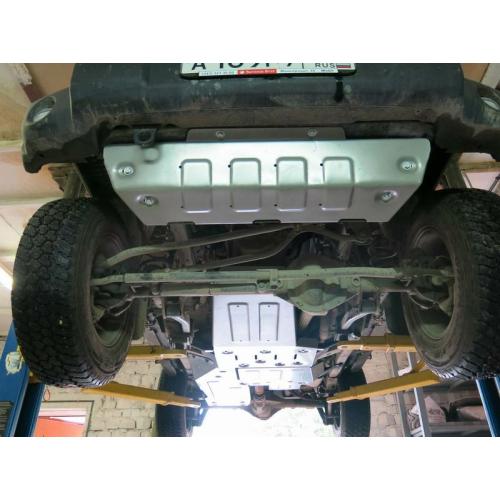 unterfahrschutzkit f r jeep wrangler jk 2 t rig benzin. Black Bedroom Furniture Sets. Home Design Ideas
